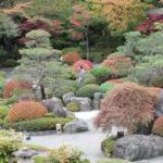 鐘山苑の庭園を散策